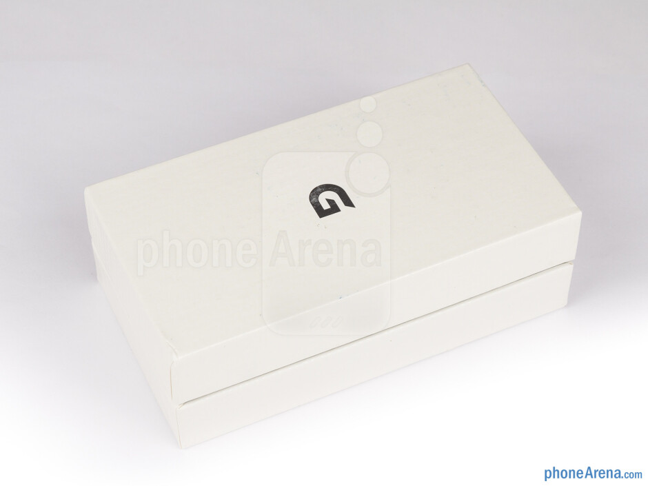 Box and contents - LG Optimus GJ Review