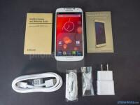 Samsung-Galaxy-S4-Google-Play-Edition-Review002-box.jpg