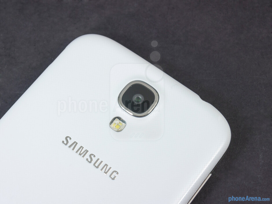 Rear camera - Samsung Galaxy S4 Google Play Edition Review