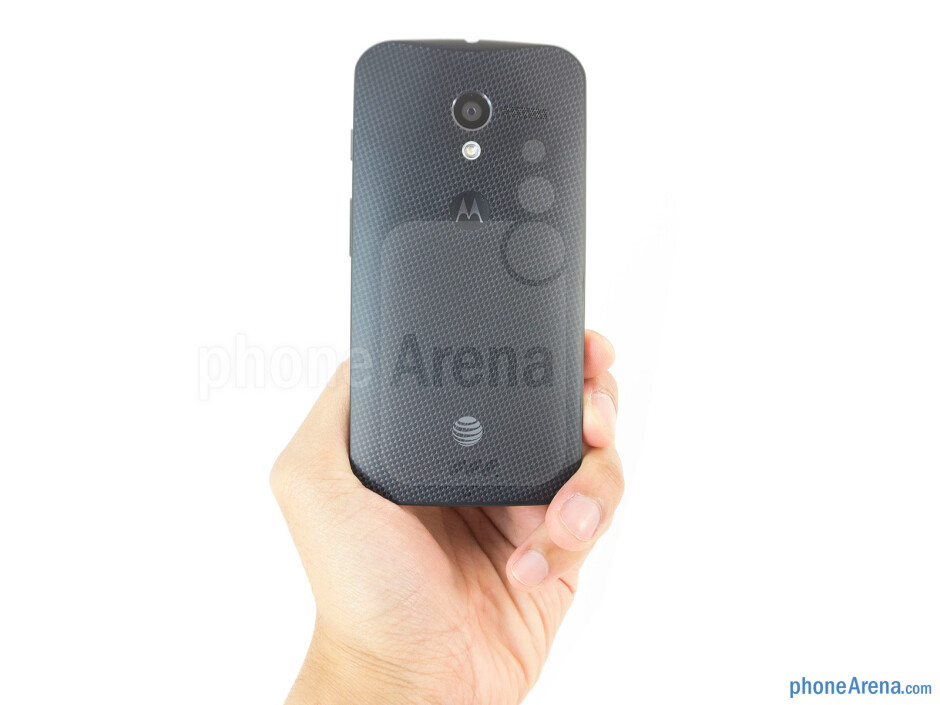 The Motorola Moto X makes for a comfortable and natural feel in the hand - Motorola Moto X 2013 Review