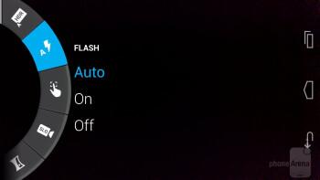 Camera interface of the Motorola Moto X - Apple iPhone 5s vs Motorola Moto X