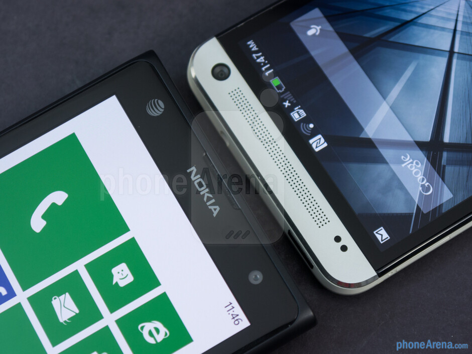 Front cameras - The sides of the Nokia Lumia 1020 (left) and the HTC One (right) - Nokia Lumia 1020 vs HTC One