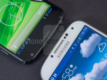 The sides of the Motorola Moto X (left, top) and the Samsung Galaxy S4 (right, bottom) - Motorola Moto X vs Samsung Galaxy S4