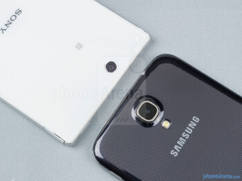 Rear cameras - The Sony Xperia Z Ultra (left) and the Samsung Galaxy Mega 6.3 (right) - Sony Xperia Z Ultra vs Samsung Galaxy Mega 6.3