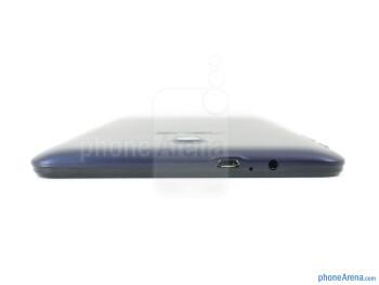 Top - The sides of the Asus MeMo Pad HD 7 - Asus MeMo Pad HD 7 Review