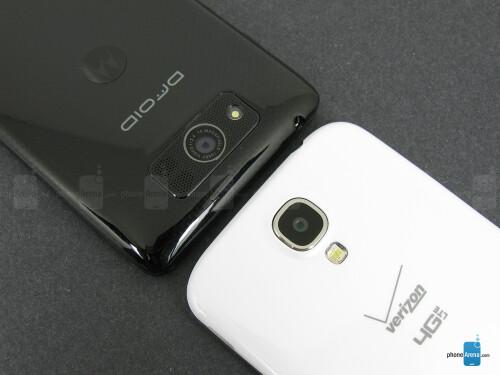 Motorola DROID Ultra vs Samsung Galaxy S4