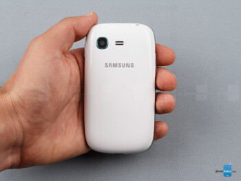 The Samsung Galaxy Pocket Neo is so small it practically fades in the hand - Samsung Galaxy Pocket Neo Review