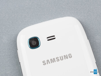 Camera and speaker grill - Samsung Galaxy Pocket Neo Review