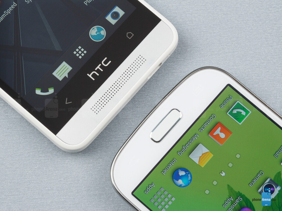 Android buttons - The Samsung Galaxy S4 mini (right) and the HTC One mini (left) - Samsung Galaxy S4 mini vs HTC One mini