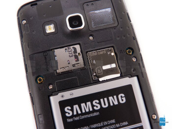 Rear cover removed - The sides of the Samsung ATIV S Neo - Samsung ATIV S Neo Review