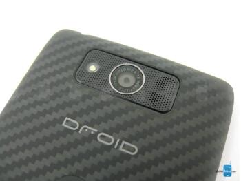 Rear camera - The sides of the Motorola DROID MAXX - Motorola DROID MAXX Review