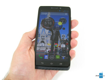 The Motorola DROID MAXX has a high-end look and feel - Motorola DROID MAXX Review
