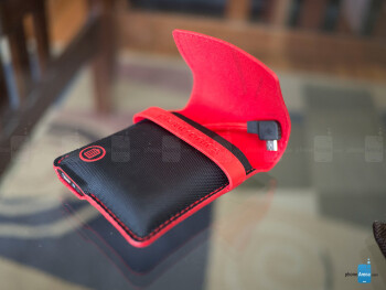 The charging case is super compact and easily tucked away in a pocket - Plantronics BackBeat Go 2 Review