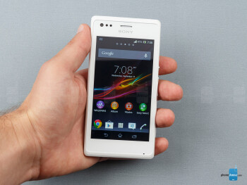 The Sony Xperia M is a looker - Sony Xperia M Review