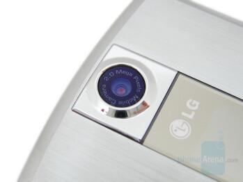 2MP camera - LG VX8700 Review