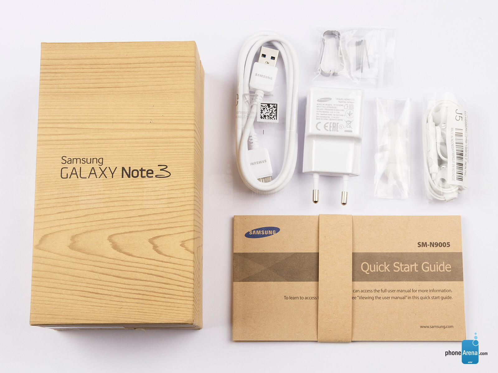 http://i-cdn.phonearena.com/images/reviews/139879-image/Samsung-Galaxy-Note-3-Preview-001-box.jpg