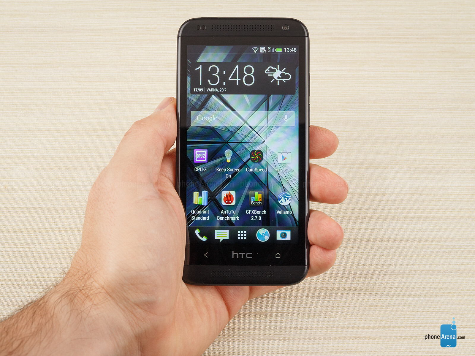 http://i-cdn.phonearena.com/images/reviews/140855-image/HTC-Desire-601-Review-008.jpg