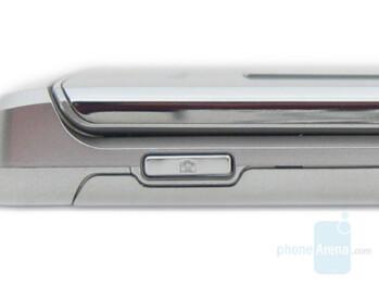 Camera button - LG VX8700 Review