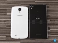 Sony-Xperia-Z1-vs-Samsung-Galaxy-S402