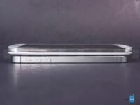 Apple-iPhone-5s-vs-Samsung-Galaxy-S4004