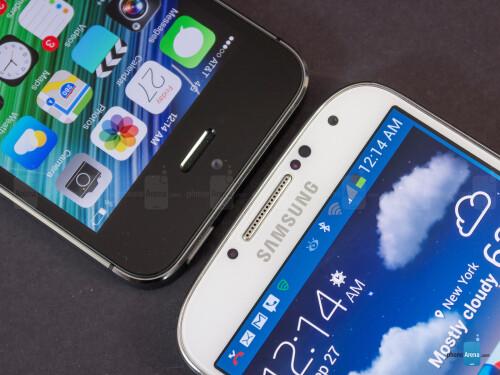 Apple iPhone 5s vs Samsung Galaxy S4