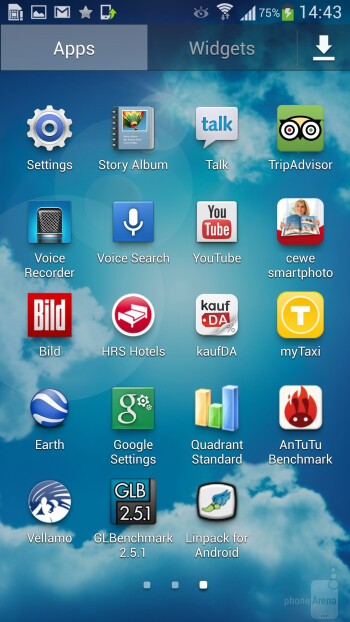 Interface of the Samsung Galaxy S4 - Samsung Galaxy Note 3 vs Samsung Galaxy S4