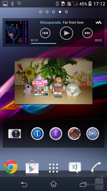 Interface of the Sony Xperia Z1 - Sony Xperia Z1 vs LG G2