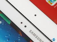 Samsung-Galaxy-Note-10.1-2014-vs-Apple-iPad-4005