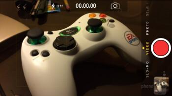 Camera UI of the Apple iPhone 5s - Apple iPhone 5s vs Motorola Moto X