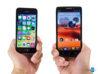 Apple-iPhone-5s-vs-Motorola-DROID-Ultra001.jpg