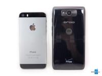Apple-iPhone-5s-vs-Motorola-DROID-Ultra004.jpg