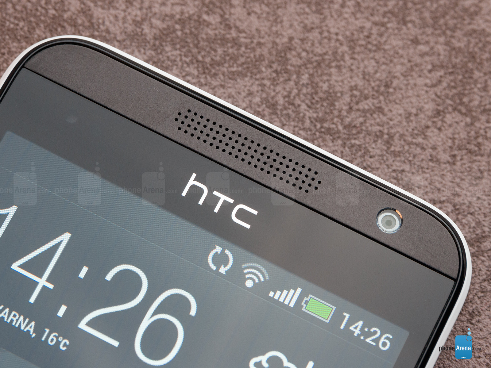 http://i-cdn.phonearena.com/images/reviews/144298-image/HTC-Desire-300-Review-005.jpg