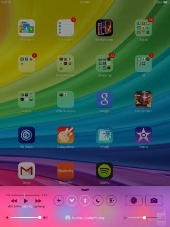 The UI of the Apple iPad Air - Apple iPad Air vs Samsung Galaxy Tab 3 10.1