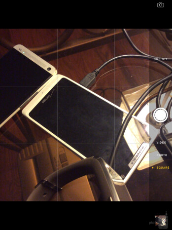 Camera UI of the Apple iPad Air - Sony Xperia Z2 Tablet vs Apple iPad Air