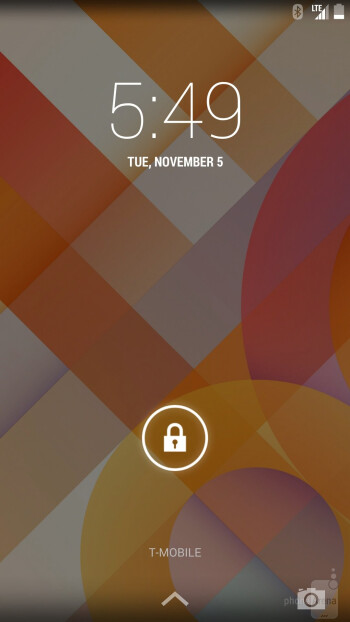 Interface of the Google Nexus 5 - HTC One (M8) vs Google Nexus 5