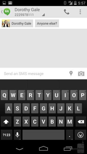 Keyboard of the Google Nexus 5 - Google Nexus 5 vs Motorola Moto X