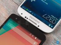 Google-Nexus-5-vs-Samsung-Galaxy-S4005