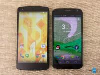 Google-Nexus-5-vs-Motorola-Moto-X001