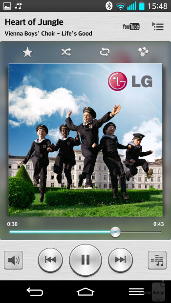 Music player of the LG G2 - Google Nexus 5 vs LG G2
