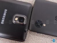 Google-Nexus-5-vs-Samsung-Galaxy-Note-3005