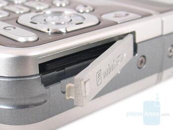 miniSD slot - LG KG920 Review