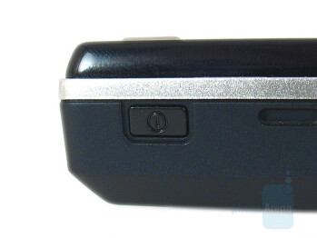 Power button - Sony Ericsson K810 Review
