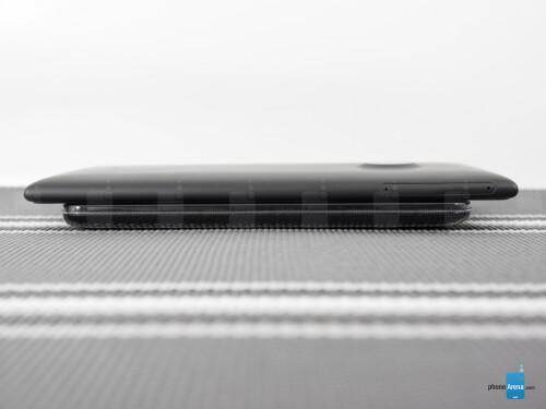 Nokia Lumia 1520 vs LG G2