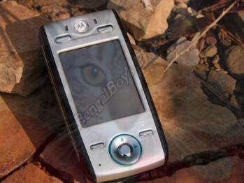 Motorola E680 review - Linux phone