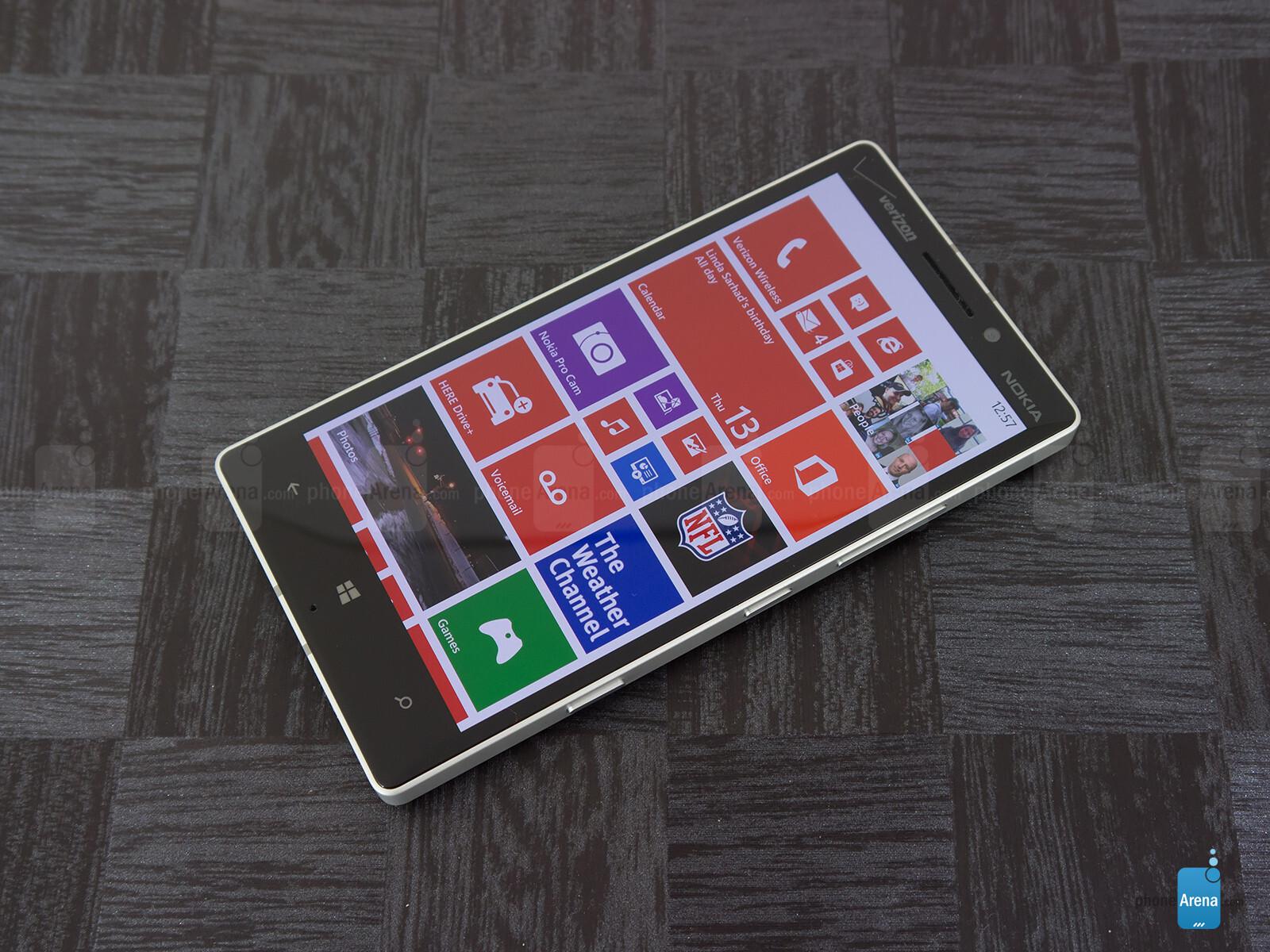 Sforum - Trang thông tin công nghệ mới nhất Nokia-Lumia-Icon-Review-002 Mở hộp Lumia Icon phiên bản nhà mạng Verizon