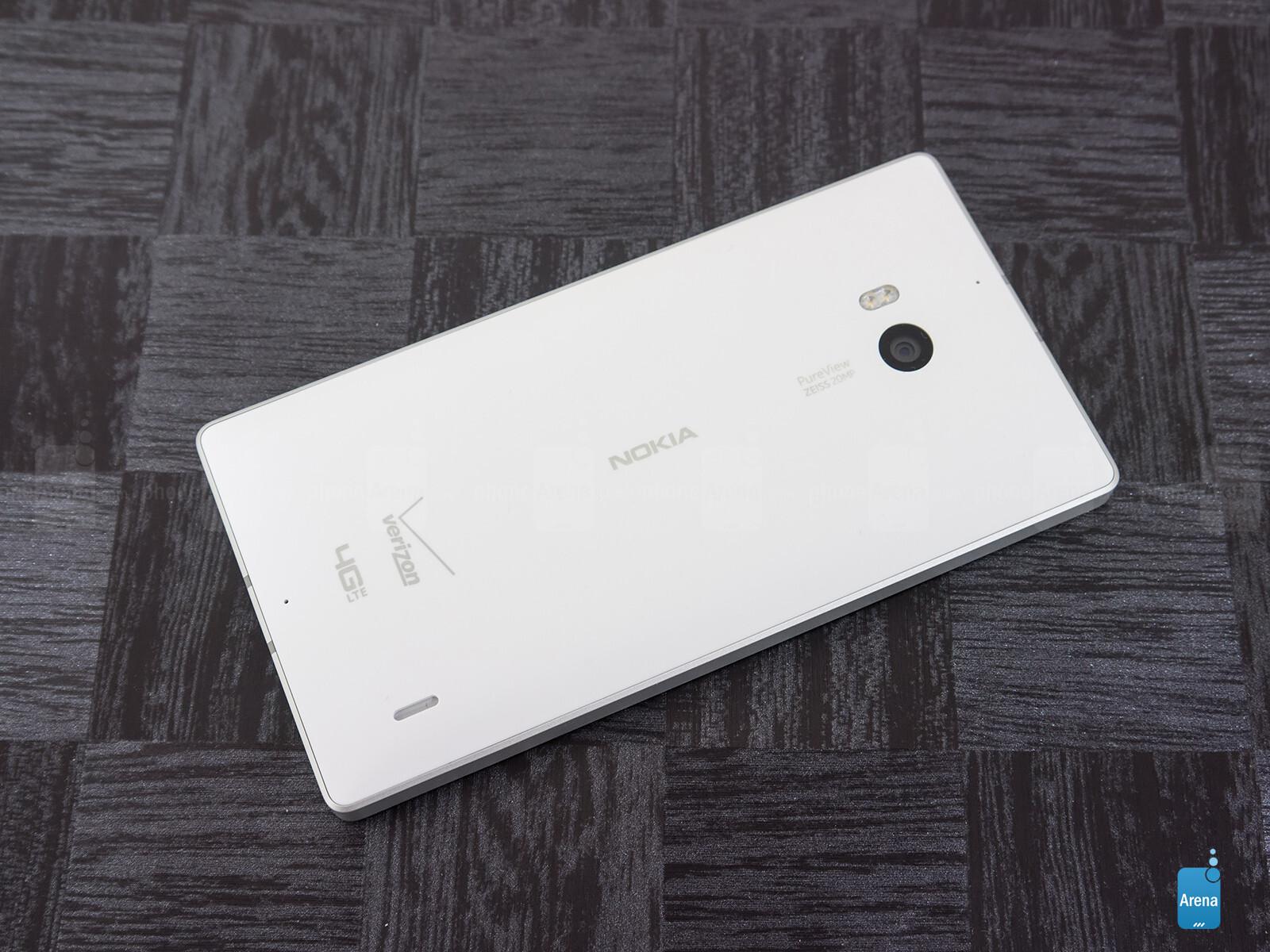 Sforum - Trang thông tin công nghệ mới nhất Nokia-Lumia-Icon-Review-007 Mở hộp Lumia Icon phiên bản nhà mạng Verizon