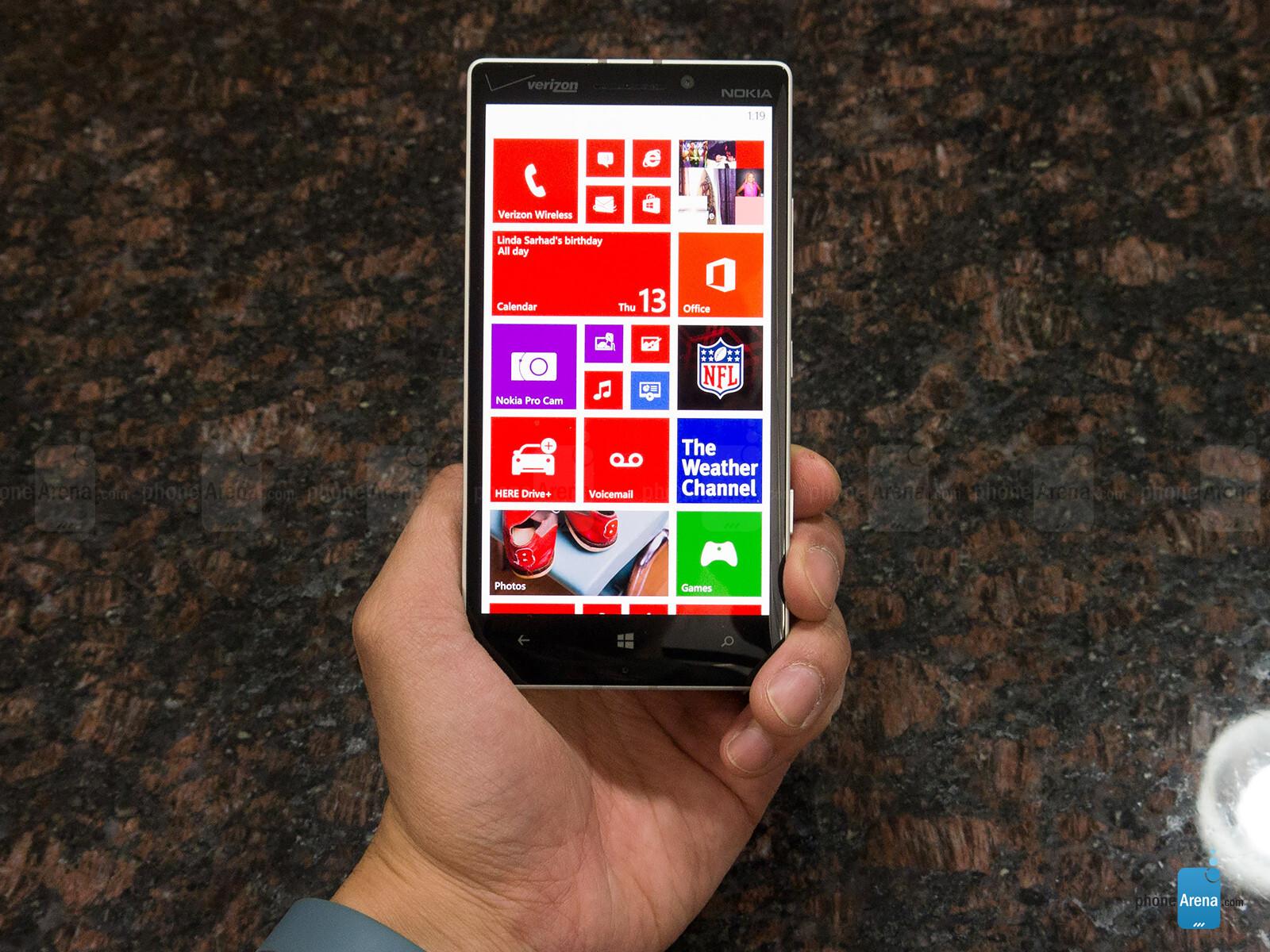 Sforum - Trang thông tin công nghệ mới nhất Nokia-Lumia-Icon-Review-021 Mở hộp Lumia Icon phiên bản nhà mạng Verizon