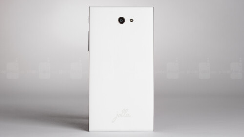 Jolla Smartphone Review