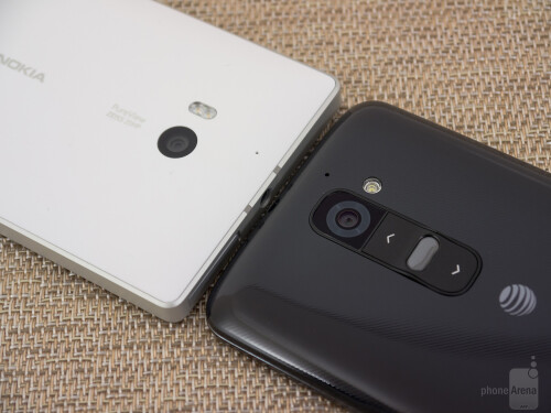Nokia Lumia Icon vs LG G2
