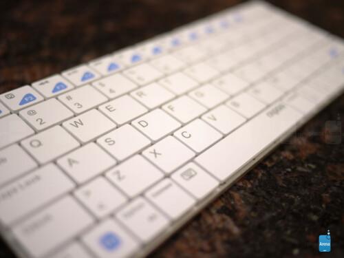 Rapoo E6300 Bluetooth Ultra-slim Keyboard Review